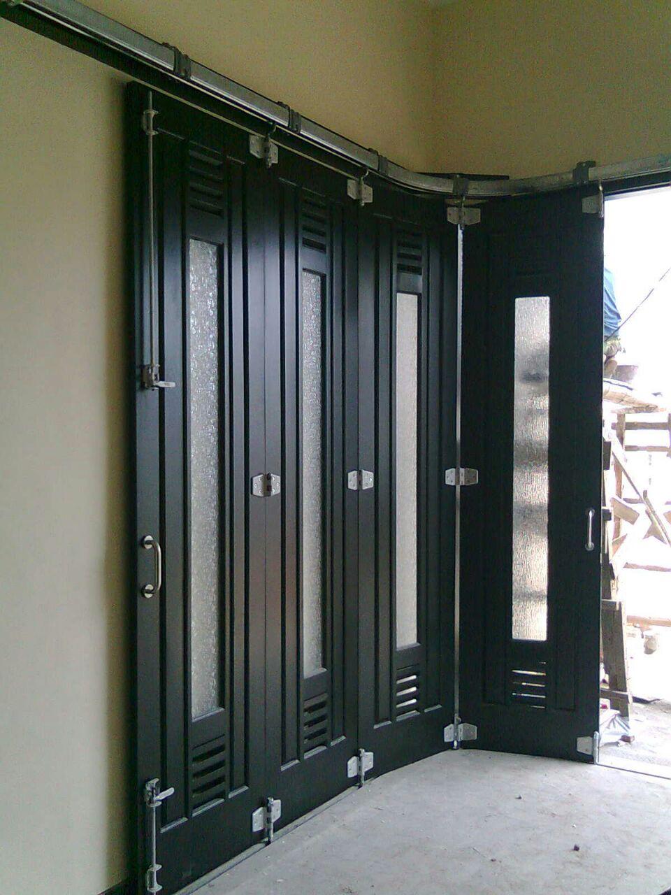 galeri pintu lipat