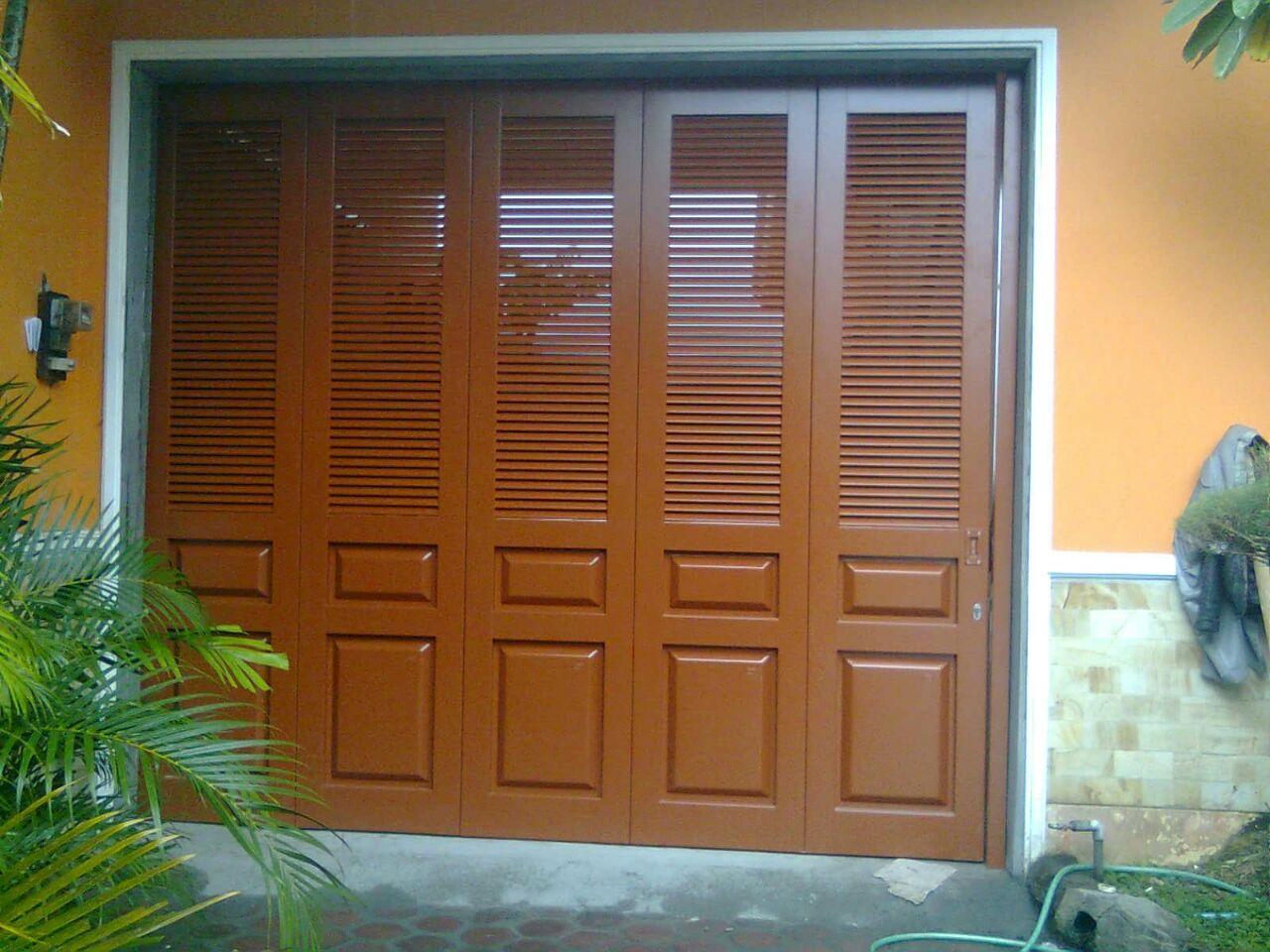 Harga Pintu Garasi Besi Terbaru - Pintu Lipat